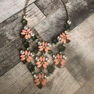 Stella & Dot Garden statement necklace